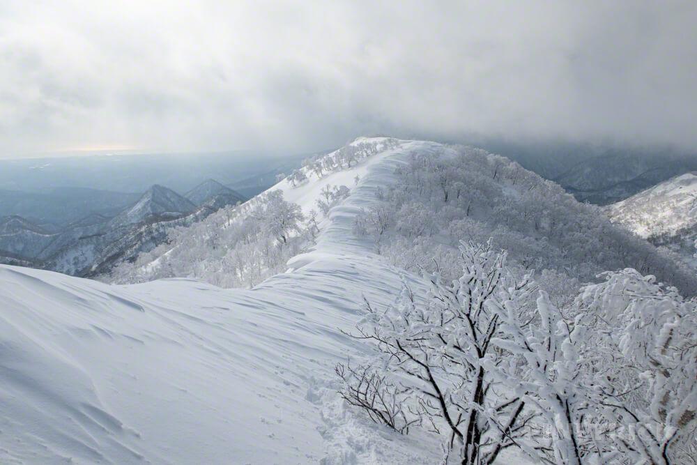 白老岳 登山 北海道 冬山 スノーシュー