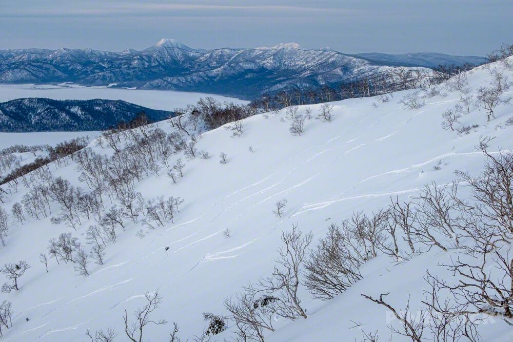 藻琴山 屈斜路湖 雄阿寒岳 中島 登山 冬山 北海道 スノーボード シュプール