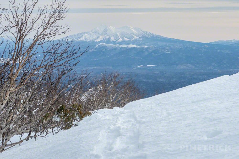 藻琴山 登山 尾根 稜線 雪庇 スノーシュー 北海道 斜里岳