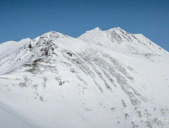 トムラウシ山 登山 北海道 スノーシュー
