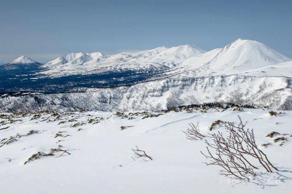 トムラウシ山 登山 北海道 スノーシュー 十勝岳連峰