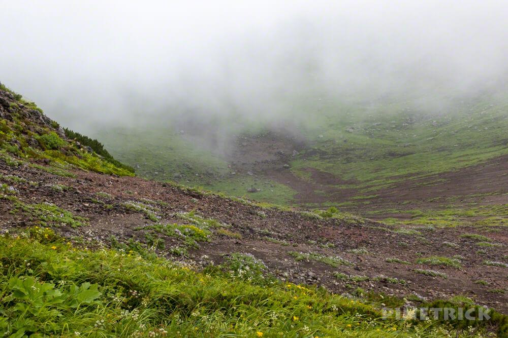 羊蹄山 真狩コース 登山 北海道 外輪 お釜