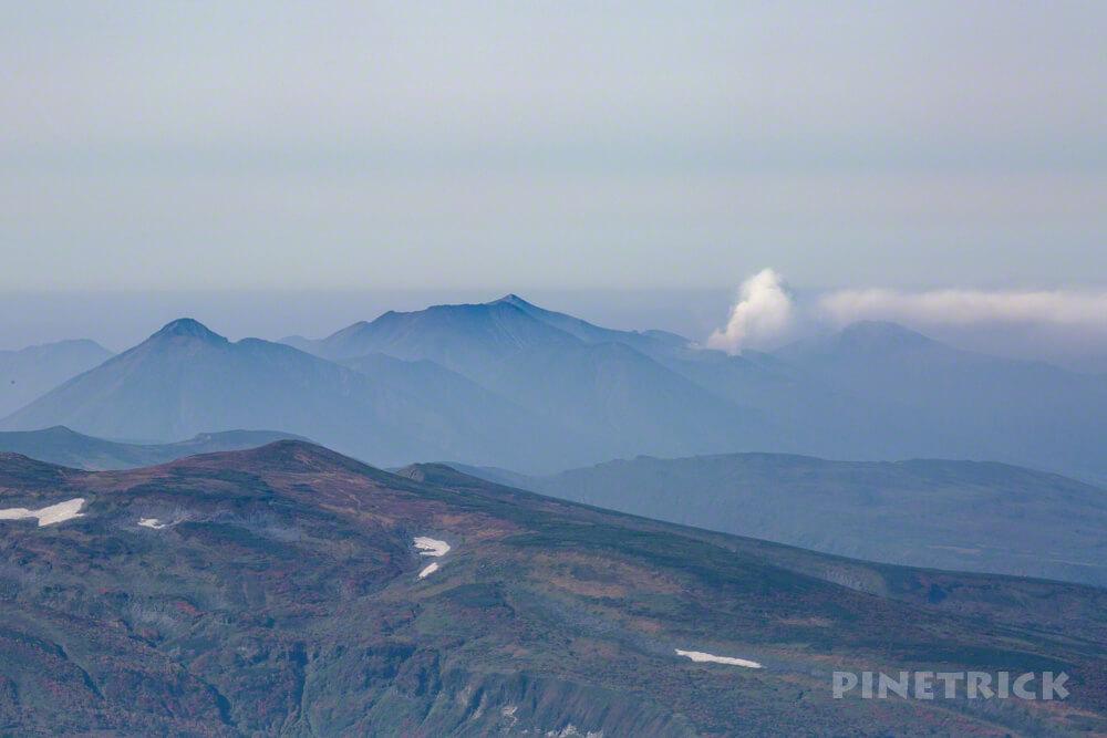 白雲岳 登山 北海道 十勝岳連峰 噴煙